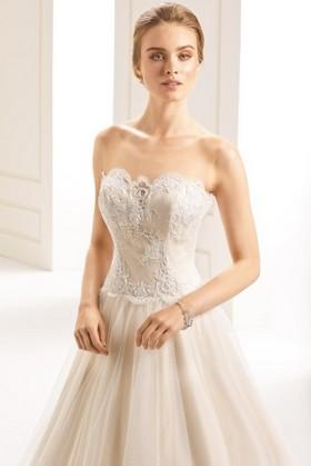 Vestiti Da Sposa Zevio.Abiti Da Sposa A Zevio Atelier San Valentino